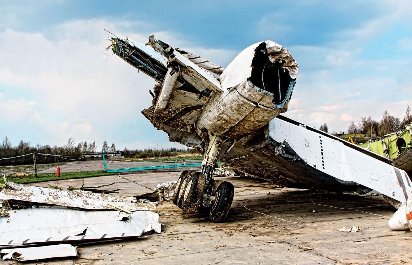 Katastrofa smoleńska: zacieranie faktów | Smoleńsk: kłamstwo