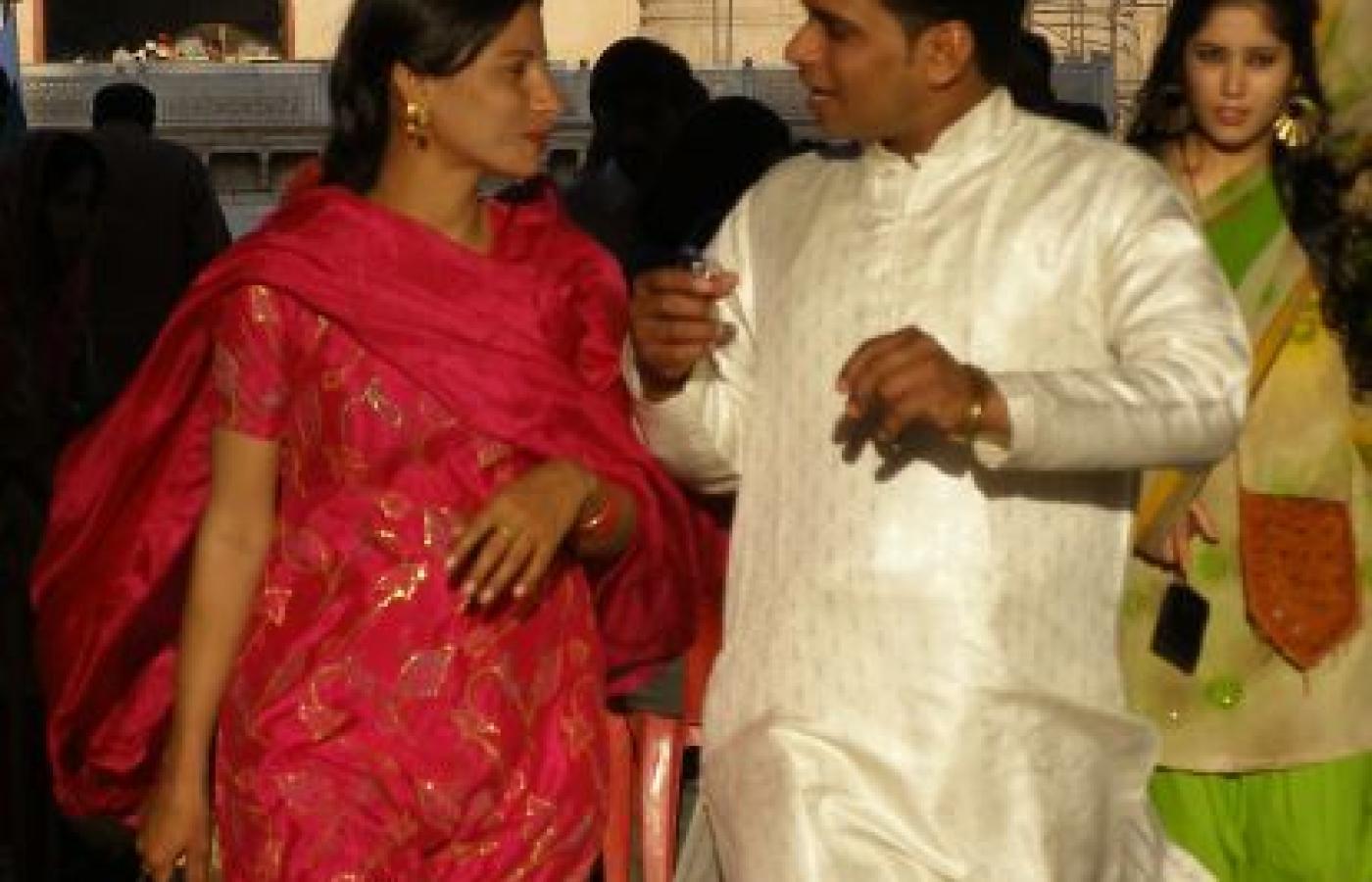 samotna dziewczyna na randki w Bombaju