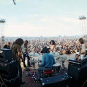 Jefferson Airplane na scenie w Woodstock.