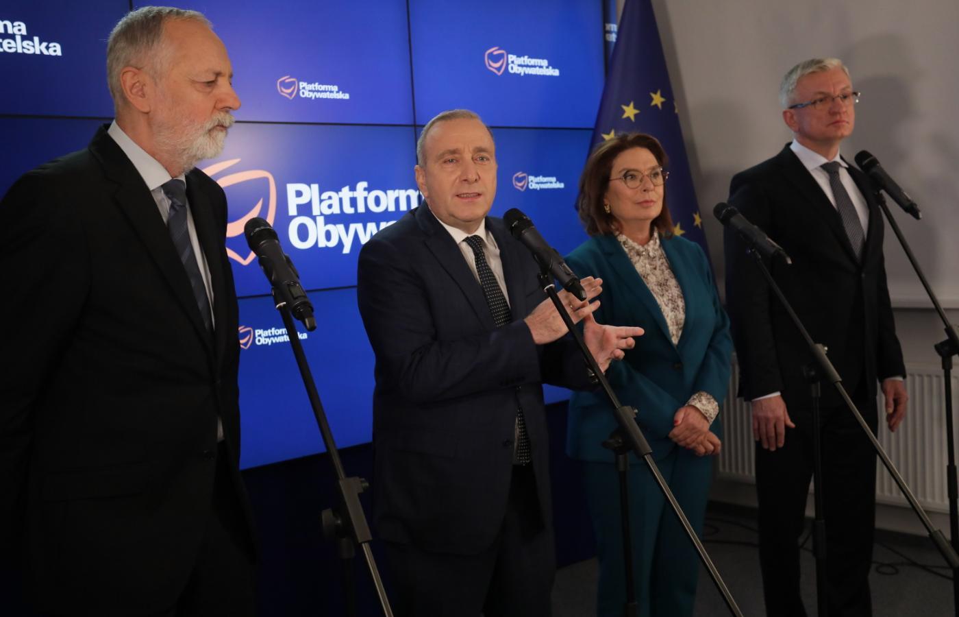 Zarząd Platformy zatwierdził kandydatów: Małgorzatę Kidawę-Błońską i Jacka Jaśkowiaka.