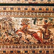 Scena walki z Nubijczykami namalowana na drewnianej skrzynce z grobowca Tutanchamona. Nubijczycy zostali przedstawieni jako kłębowisko pokonanych, wojsko egipskie naciera w szyku bojowym z faraonem na rydwanie.
