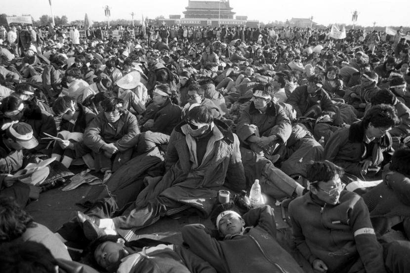 30 lat po masakrze. Unikatowe zdjęcia pokazują wydarzenia z placu  Tian'anmen - Polityka.pl