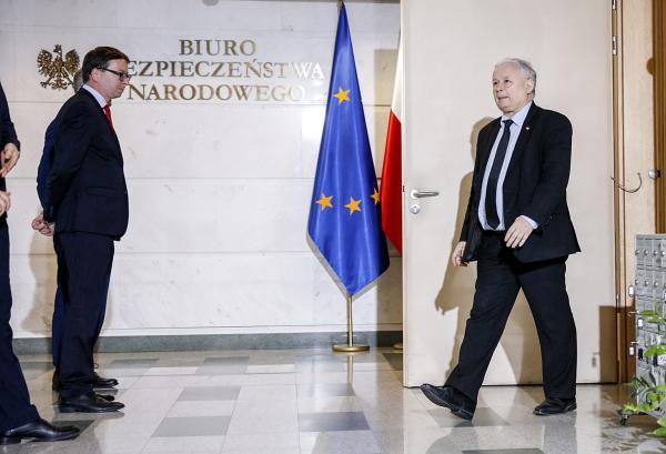 Jarosław Kaczyński nie jest populistą, który w zaciszu prowadzi politykę państwową. Jest gorzej. Jarosław Kaczyński jest sarmatą.