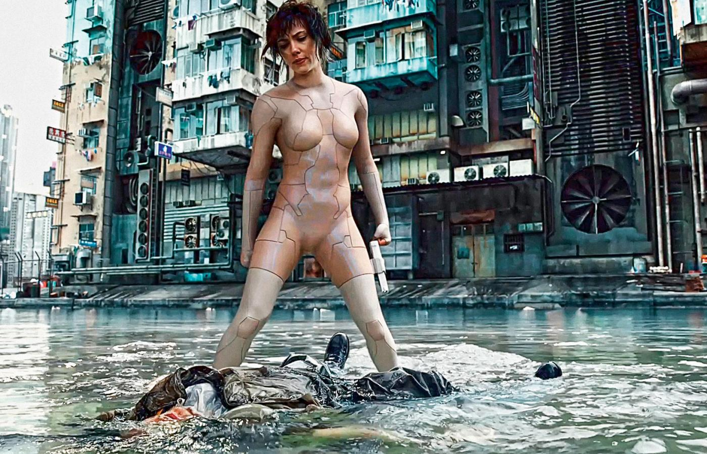 "Scarlett Johansson jako major Motoko Kusanagi w hollywoodzkiej wersji ""Ghost in the Shell"""