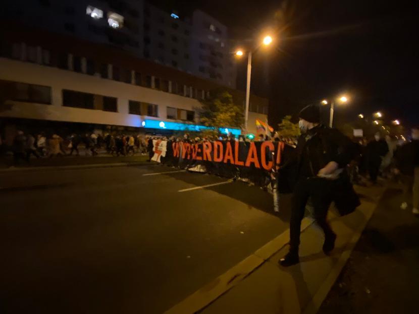 Marsz pod dom Kaczyńskiego po wyroku w sprawie aborcji
