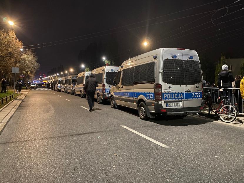 Kordon policji na ul. Mickiewicza