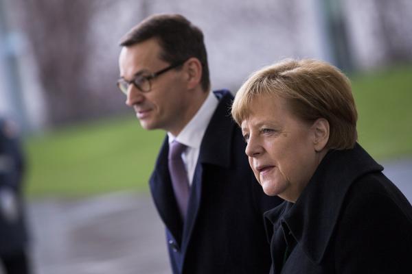 Pierwsze spotkanie premiera Mateusza Morawieckiego z kanclerz Angelą Merkel