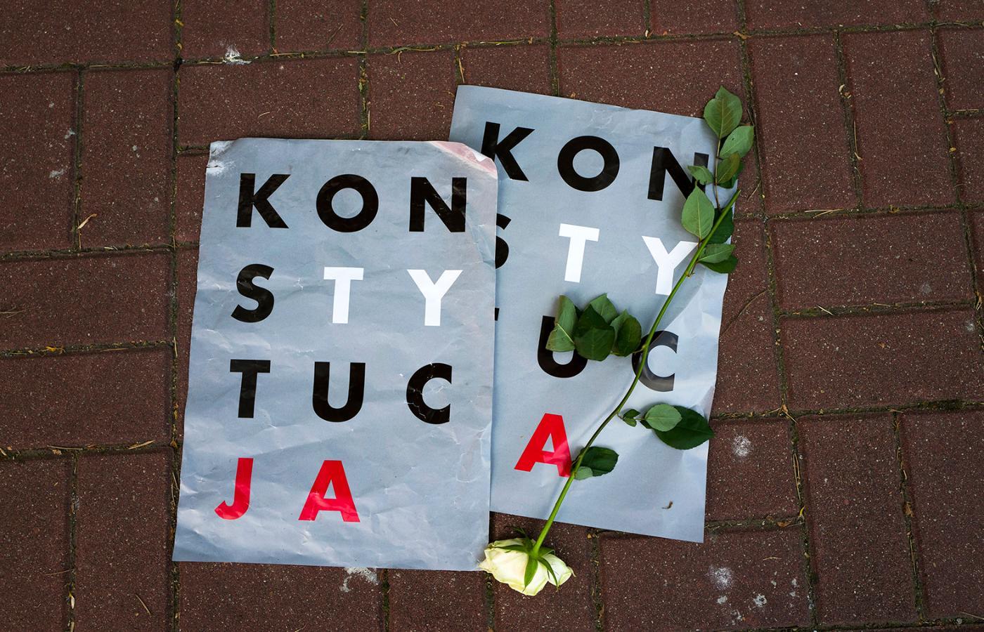 Twórca Plakatu Konstytucja O Sztuce Protestu