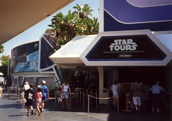 Star Tours Ride w Disneylandzie