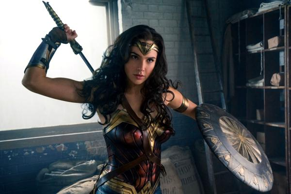 "Kadr z filmu ""Wonder Woman"" w reż. Patty Jenkins"