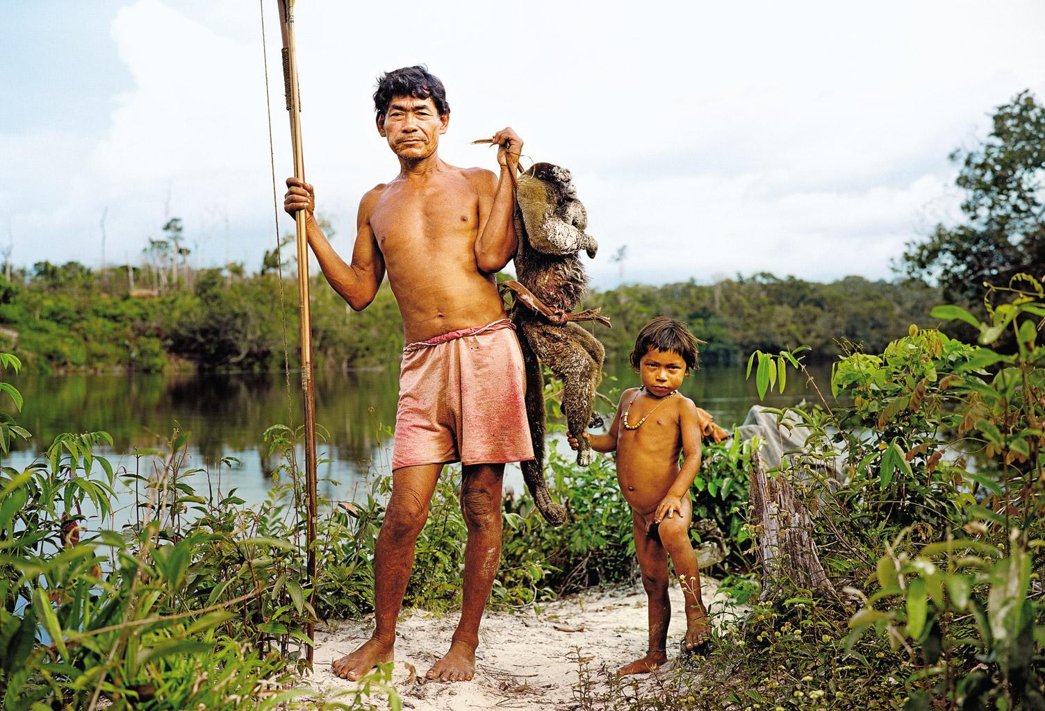 video-o-zhizni-golih-plemen
