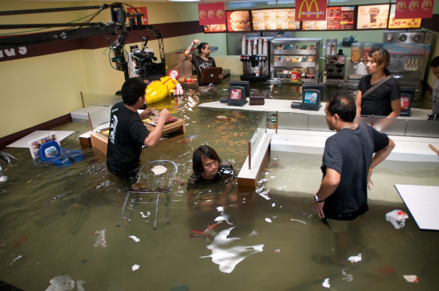 "Praca ""Superflex flooded Mcdonalds production"""