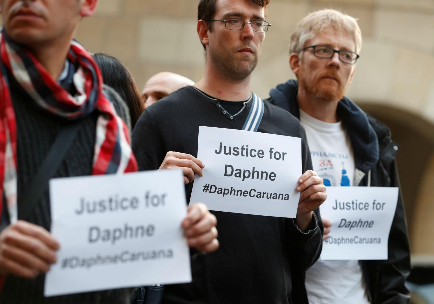 Zamach Na Meczet Facebook: Zamach Na życie Maltańskiej Dziennikarki Daphne Galizii