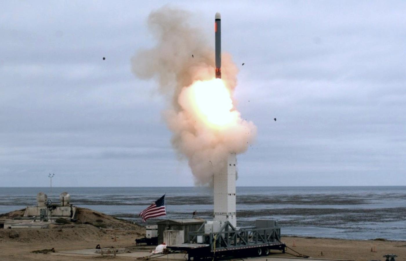 Test rakietowy w Kalifornii, USA