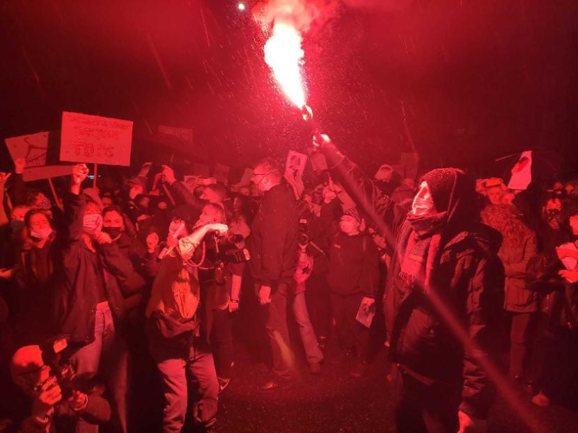 Ponad 10 tys. osób zmierza na ul. Parkową