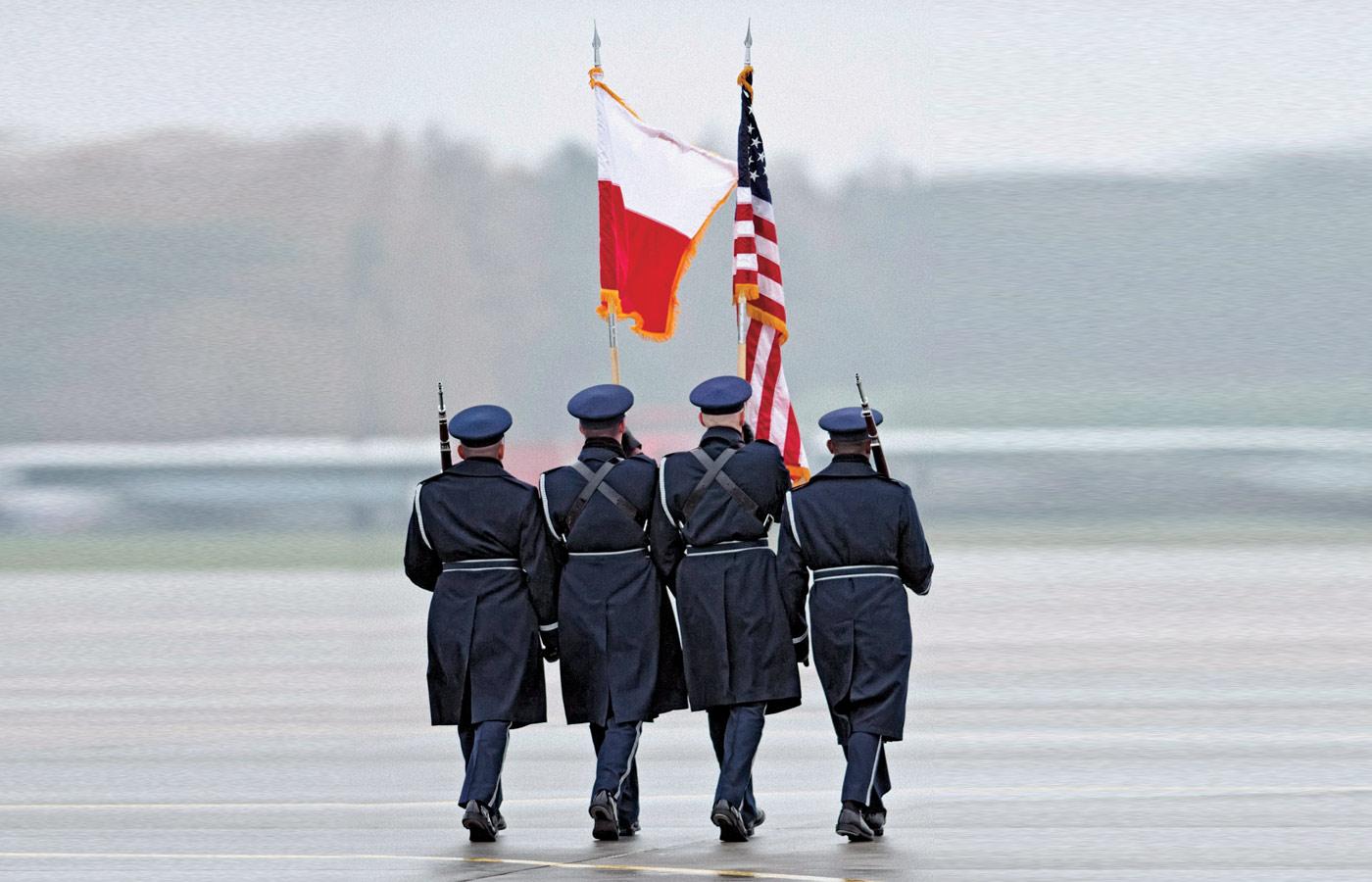 Eksperci przestrzegają przed dwustronną współpracą z USA budowaną zamiast współpracy z Europą.