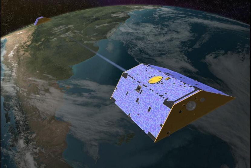 """Wizualizacja """"Toma"""" i """"Jerry'ego"""", satelitów projektu GRACE"""